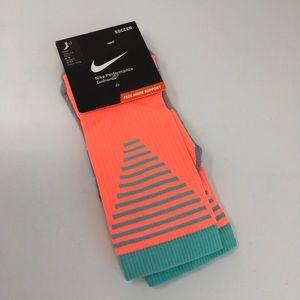 NEW Nike Crew Soccer Socks Size Medium